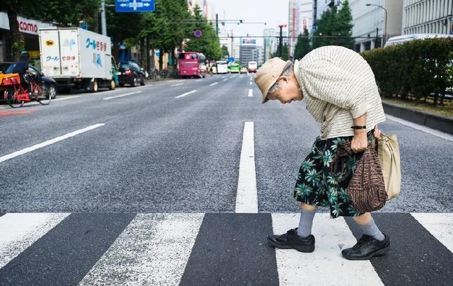 """日媒:""""同居孤独死""""折射日本老龄问题"""