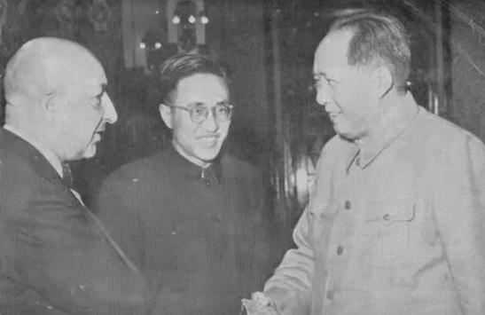 关于阿富汗,汪文斌引用了毛主席的一句话